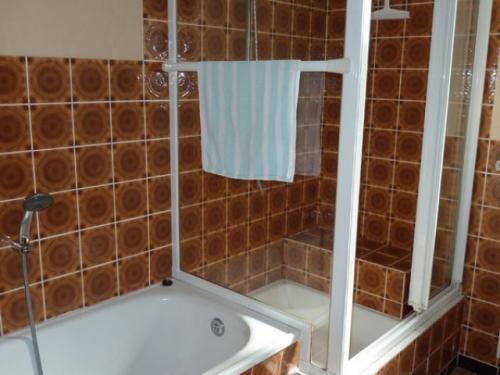 Dusche/Badewanne/WC#10