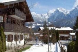 Haus Alpenglühn - Ferien Appartements in ruhiger Lage in Schönau am Königsee